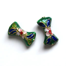 Bead, cloisonné, green, 12x20mm bowtie. Pkg of 2.