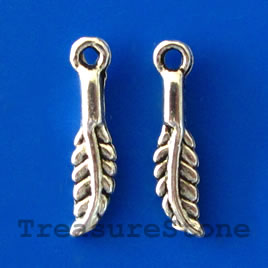 Pendant/charm, silver-finished, 14mm feather. Pkg of 20.
