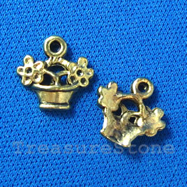 Pendant/charm, gold-finished, 10x8mm Basket. Pkg of 15.