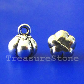 Charm, silver-plated, 6x8mm pumpkin. Pkg of 18.