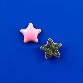 Floating charm, silver-finished, 6.5mm pink star. Pkg of 10.