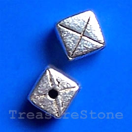 Silver-finished Cubes