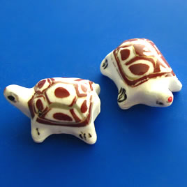 Bead, porcelain, 17x23x13mm turtle. Pkg of 3.