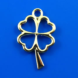 Charm, gold-finished, 18x26 shamrock/ 4-leaf clover. Pkg of 4.