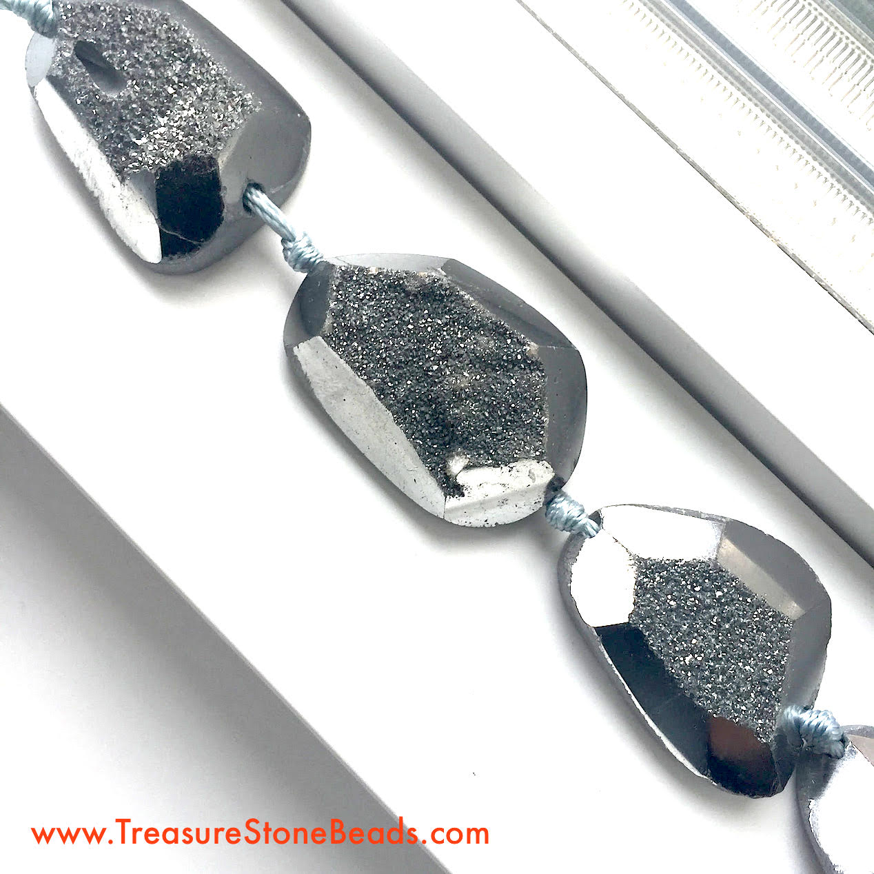 Bead, silver druzy agate, flat back nugget, about 27x37mm. 5pcs.