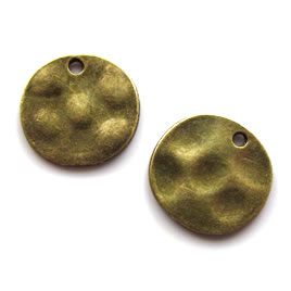 Pendant/charm, brass-finished, 14mm hammered disc. Pkg of 12.