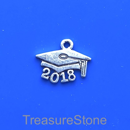 Charm, silver-finished, 11x18mm 2018 graduation cap. Pkg of 15.