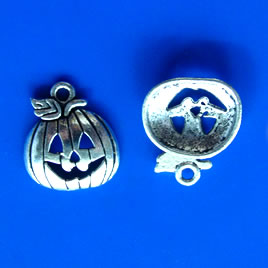 Pendant/charm, silver-finished, jack-o-lantern. Pkg of 14.