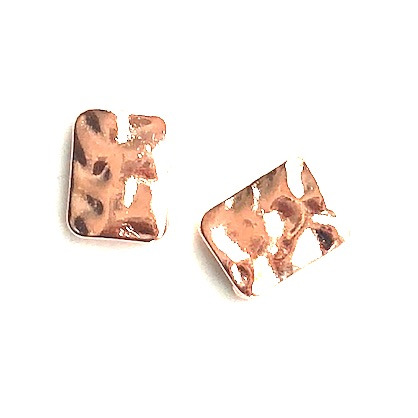 Bead, rose gold finished, 11x14mm hammered rectangle. Pkg of 8