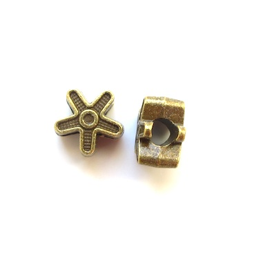 Bead, brass-colored, 12mm flower, large hole, 4mm. Pkg of 10.