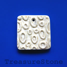 Pendant, Porcelain, 45mm. Sold individually.