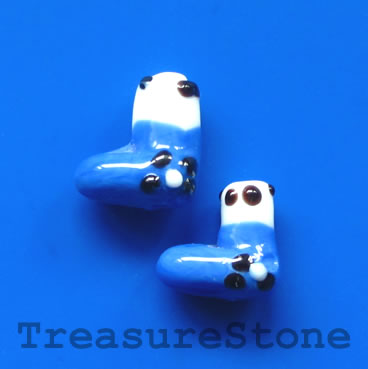 Bead, lampwork, blue, 13mm Christmas stockings. Pkg of 5.