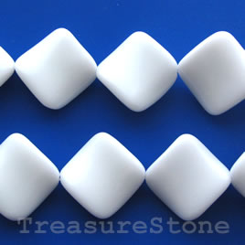 Bead, white agate, 24mm twisted diamond. 15.5-inch strand.